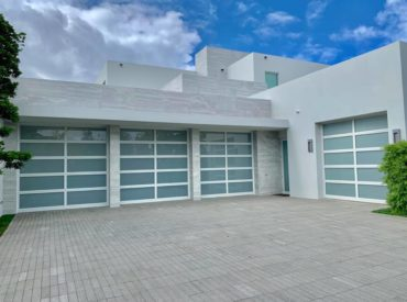 How a Garage Door Upgrade can Increase the Worth of Your Home