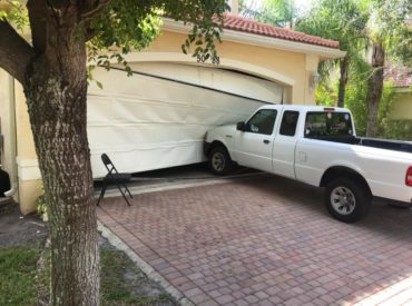 3 Reasons to Reconsider DIY Garage Door Repair